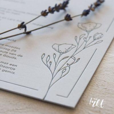 Rouwkaart met bloemen