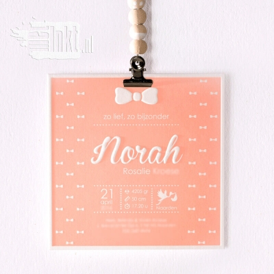 Letterpress geboortekaartje met strikjes Nora