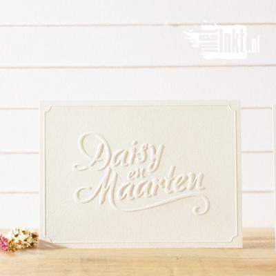 Letterpress trouwkaart met preeg Daisy en Maarten