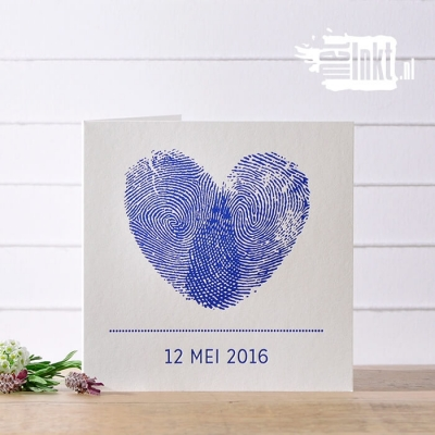 Letterpress trouwkaart met vingerafdruk